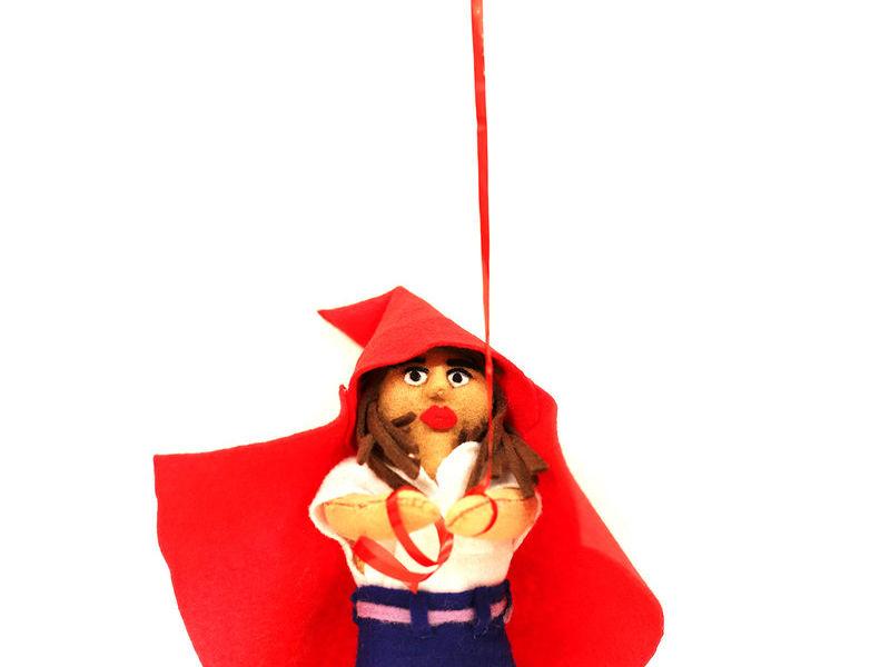 Llaguno Isabel / Red Hood